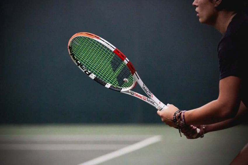 Is it safe to play tennis during COVID-19